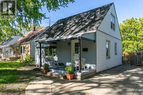 House for sale at 1228 Oak Street  Windsor Ontario - MLS: 19018739