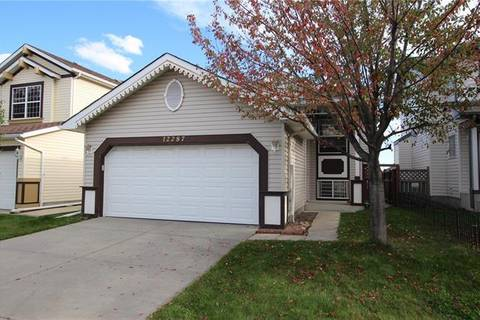 House for sale at 12287 Coventry Hills Wy Northeast Calgary Alberta - MLS: C4280687