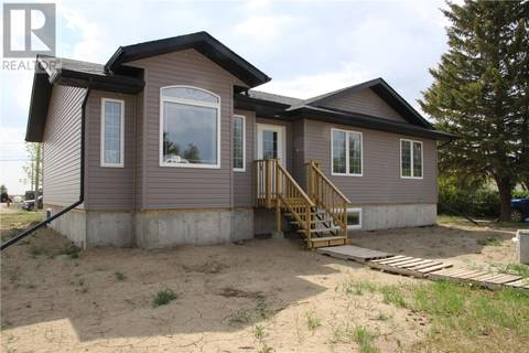 House for sale at 123 2nd Ave Allan Saskatchewan - MLS: SK774345
