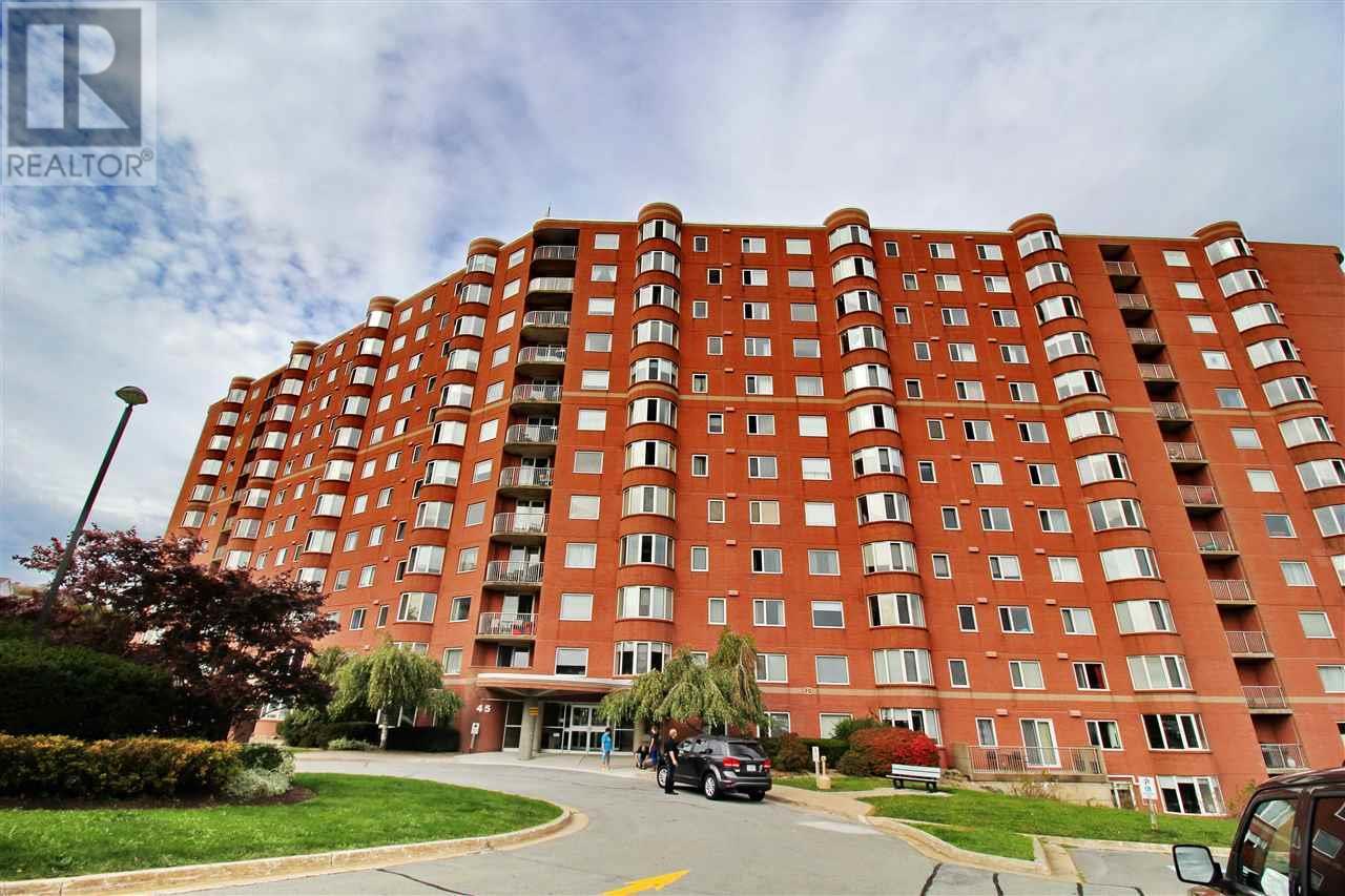 Buliding: 45 Vimy Avenue, Halifax, NS