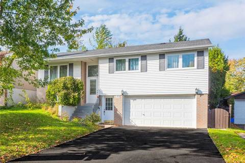 House for sale at 123 Beswick Dr Newmarket Ontario - MLS: N4685931