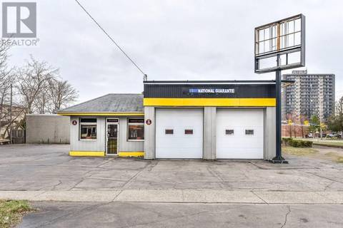 Commercial property for sale at 123 Chatham St Brantford Ontario - MLS: 30727386