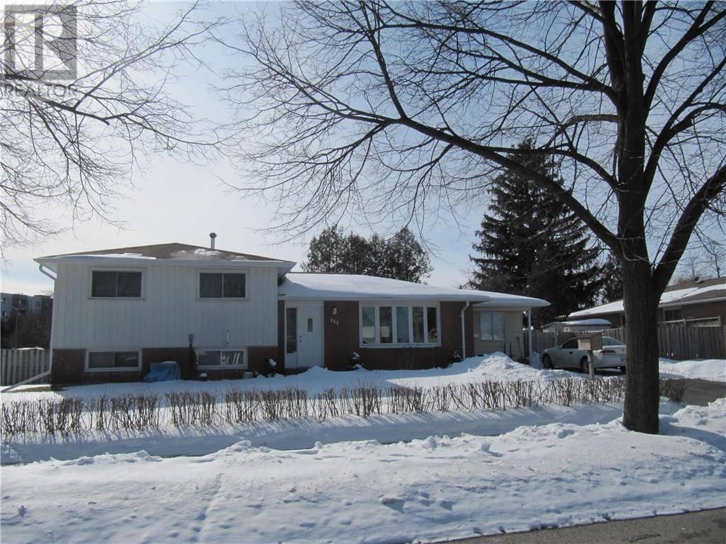House for sale at 123 Hazelglen Dr Kitchener Ontario - MLS: 30791577