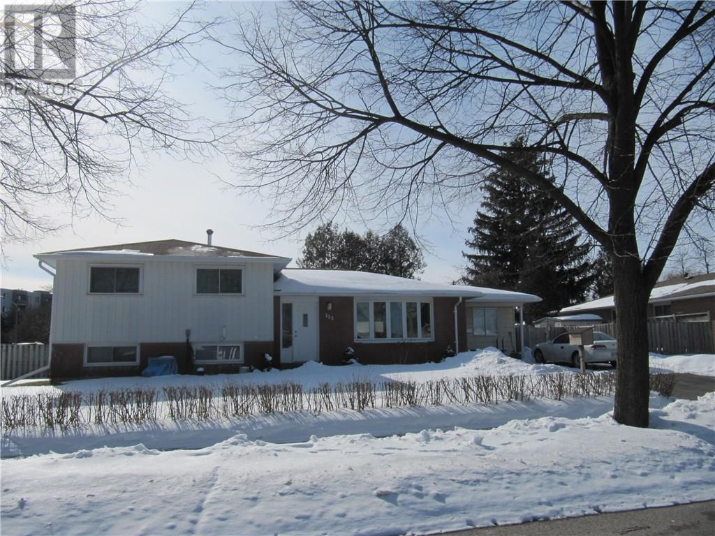 Removed: 123 Hazelglen Drive, Kitchener, ON - Removed on 2020-02-25 04:48:19
