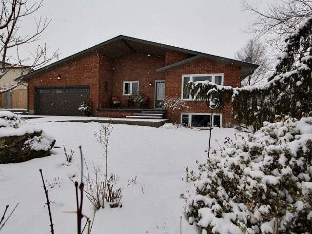 Sold: 123 Henry Street, Guelph Eramosa, ON