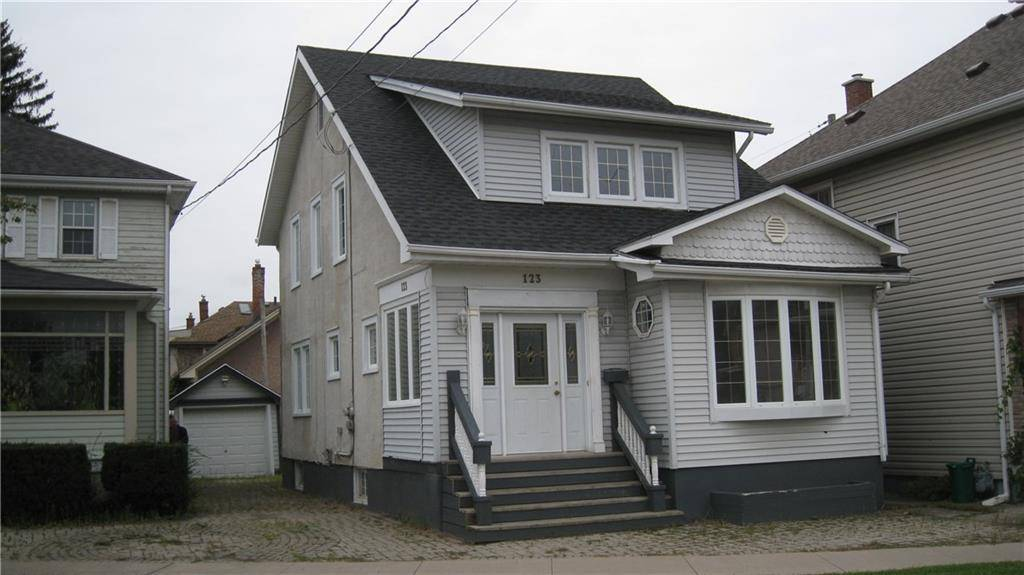 House for sale at 123 Lake St St. Catharines Ontario - MLS: 30766278