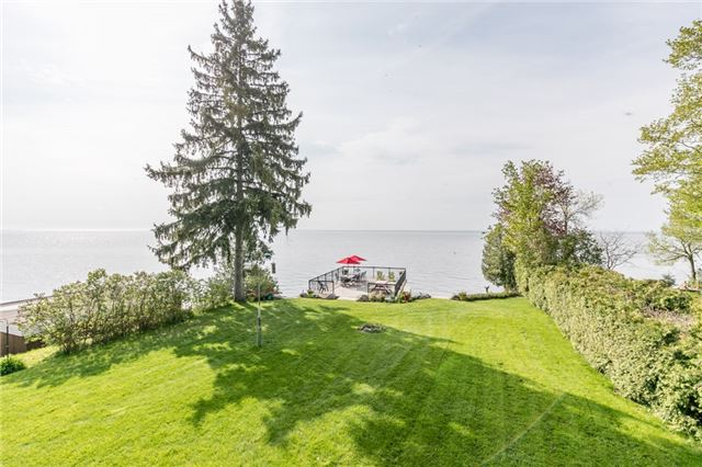 For Sale: 123 Lakeshore Road, Oro Medonte, ON | 3 Bed, 3 Bath House for $1,595,000. See 20 photos!