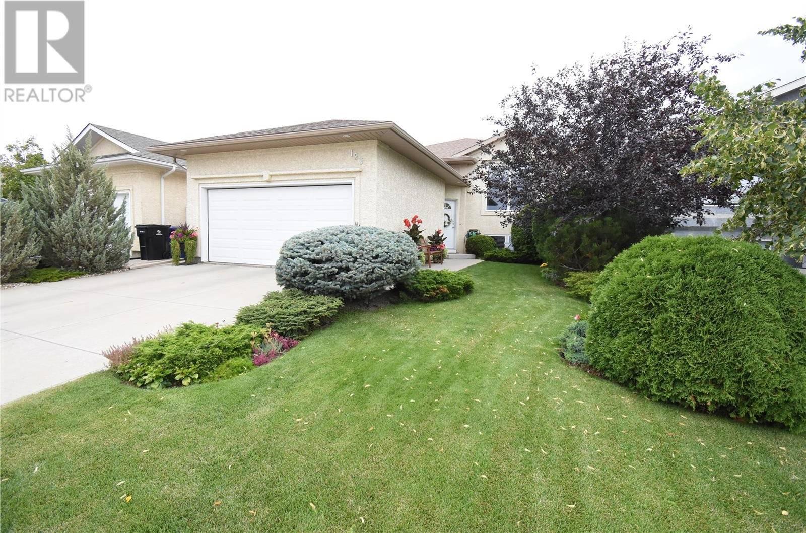 House for sale at 123 Lashyn Cv  Saskatoon Saskatchewan - MLS: SK784267
