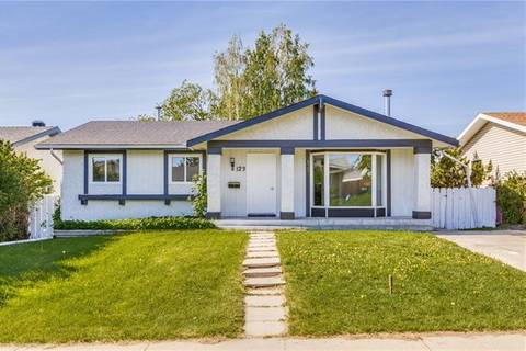 House for sale at 123 Maitland Rd Northeast Calgary Alberta - MLS: C4253703