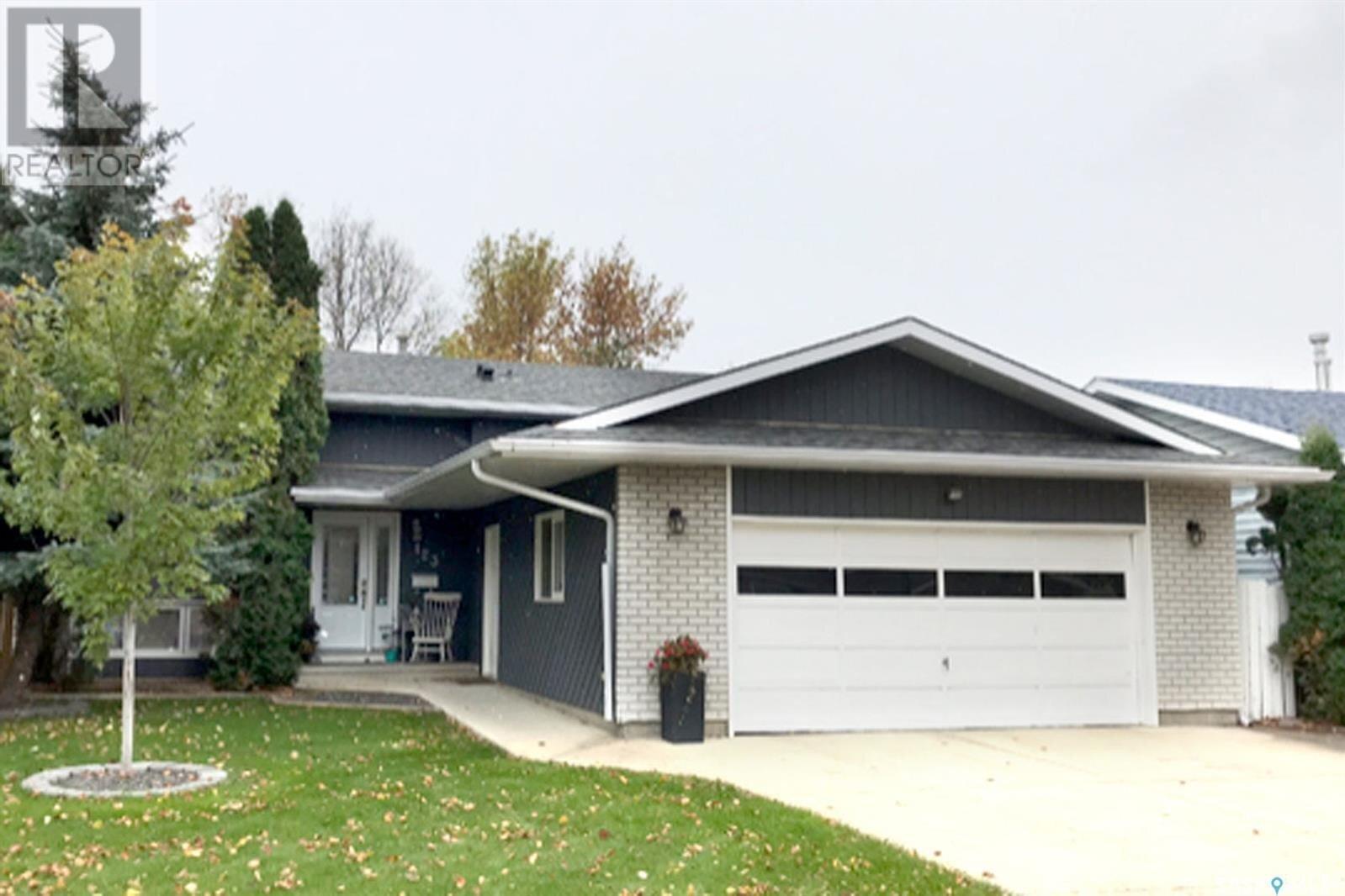 House for sale at 123 Rogers Rd Saskatoon Saskatchewan - MLS: SK838737