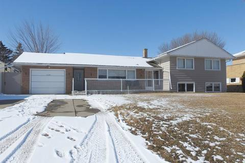 House for sale at 1232 7th Ave NW Moose Jaw Saskatchewan - MLS: SK803133