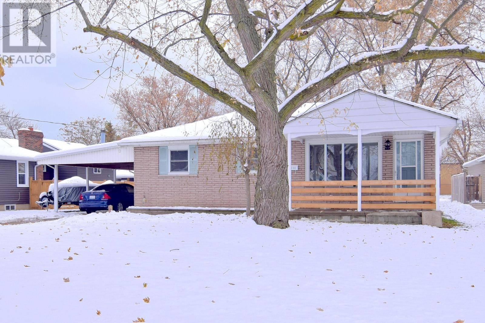 House for sale at 1236 Shawnee  Tecumseh Ontario - MLS: 19028388