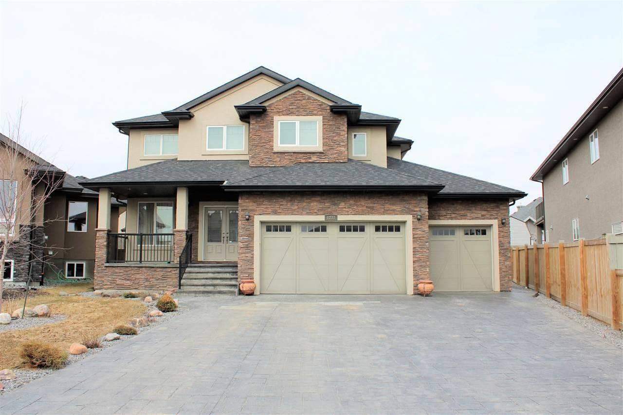 House for sale at 1237 Adamson Dr Sw Edmonton Alberta - MLS: E4195751