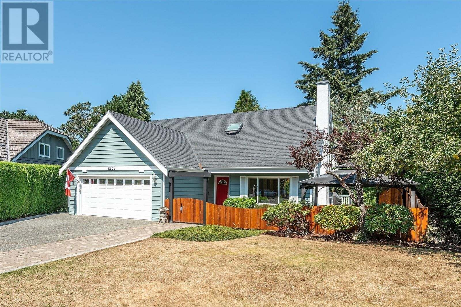 House for sale at 1238 Garry Oak  Saanich British Columbia - MLS: 850534