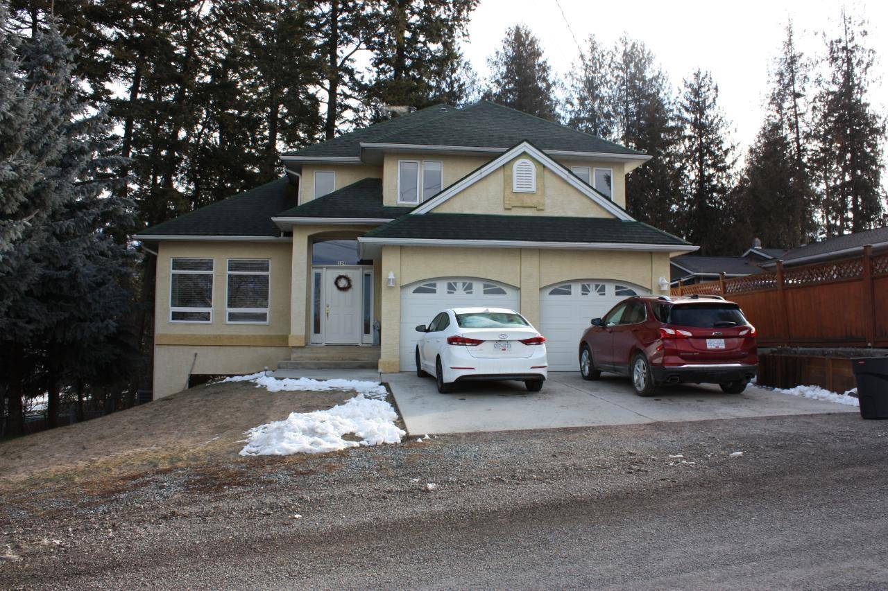 House for sale at 124 2nd Avenue S  Creston British Columbia - MLS: 2450419