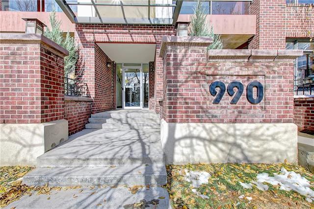 Buliding: 990 Centre Avenue Northeast, Calgary, AB