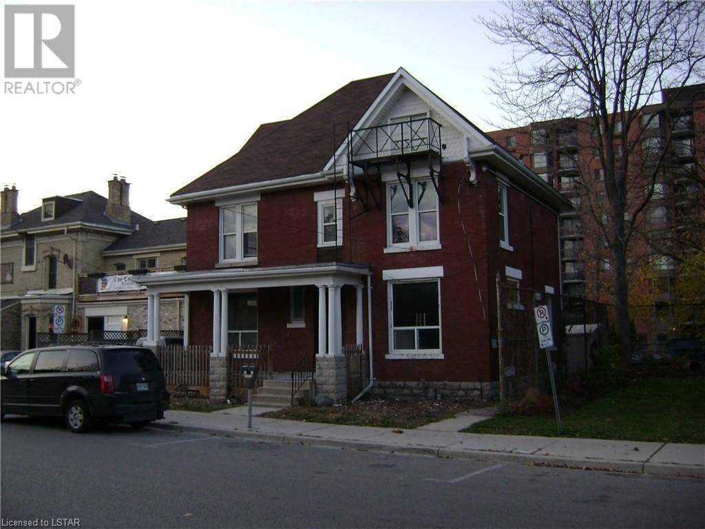 Townhouse for sale at 124 Albert St London Ontario - MLS: 223435