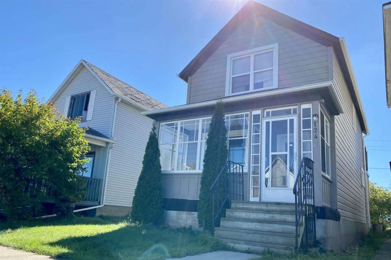 House for sale at 124 Amelia St W Thunder Bay Ontario - MLS: TB202323