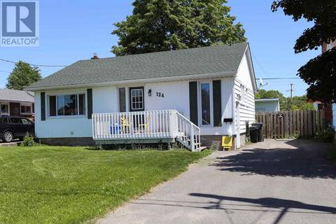 House for sale at 124 Blake Ave Sault Ste. Marie Ontario - MLS: SM126115