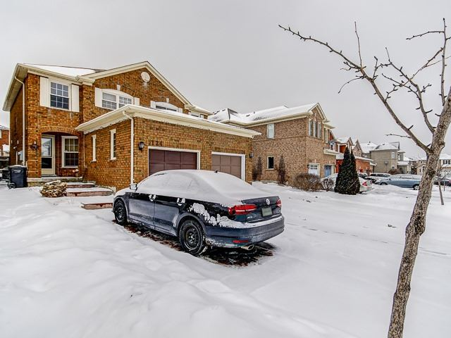 For Sale: 124 Oatfield Road, Brampton, ON | 3 Bed, 2 Bath Townhouse for $624,900. See 20 photos!