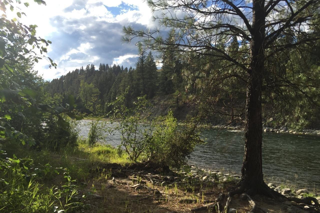 Home for sale at 124 River Dr Cranbrook British Columbia - MLS: 2455609