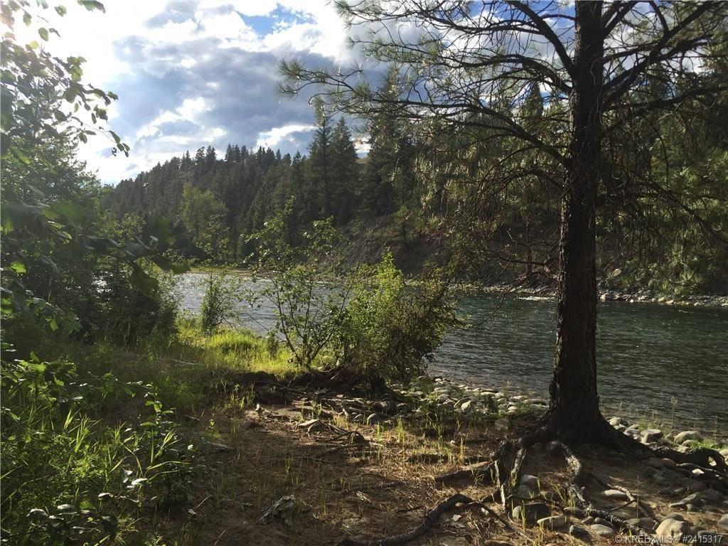Home for sale at 124 River Drive  Cranbrook North British Columbia - MLS: 2432052