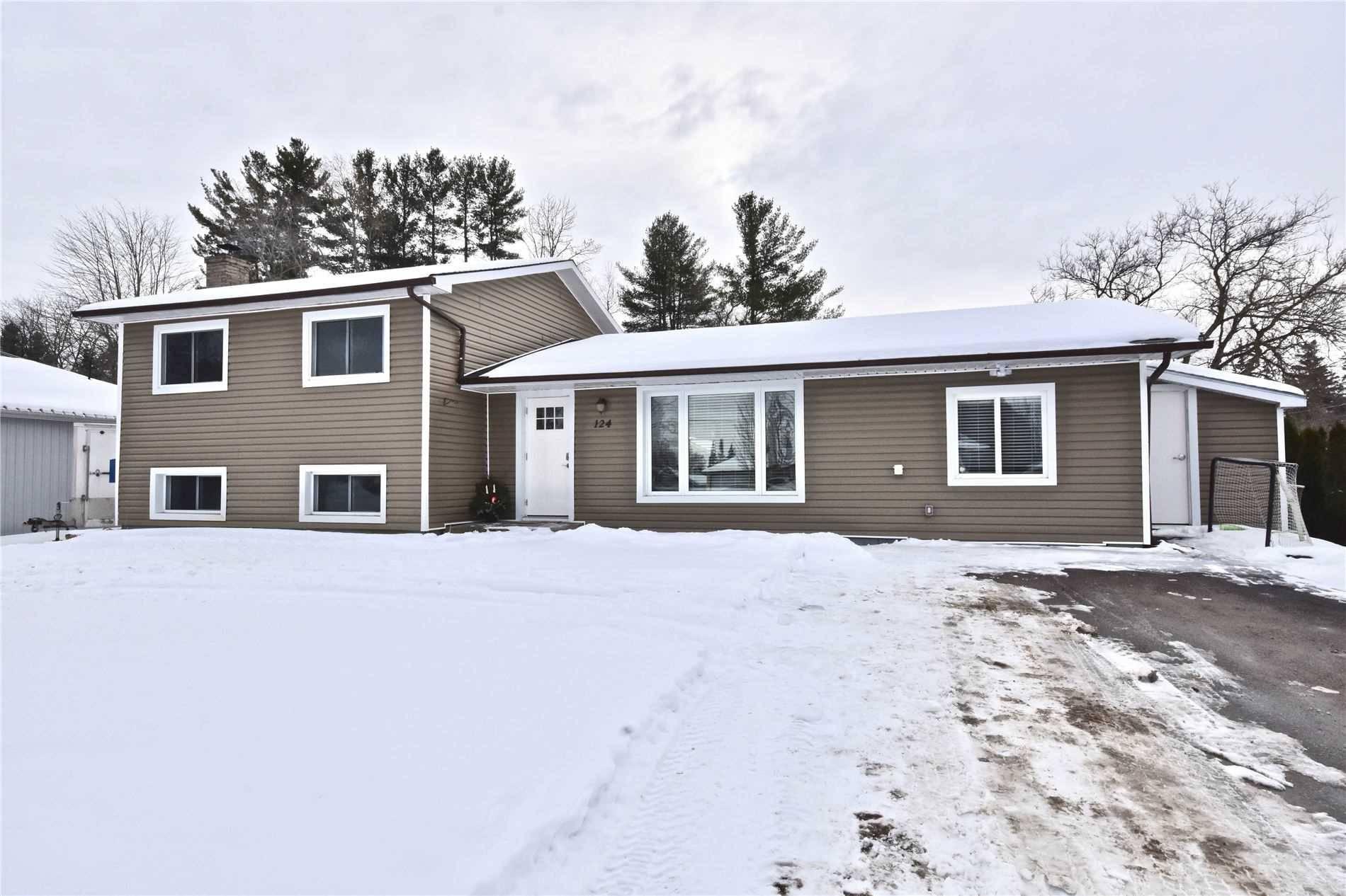 House for sale at 124 Sydenham St Essa Ontario - MLS: N4689999