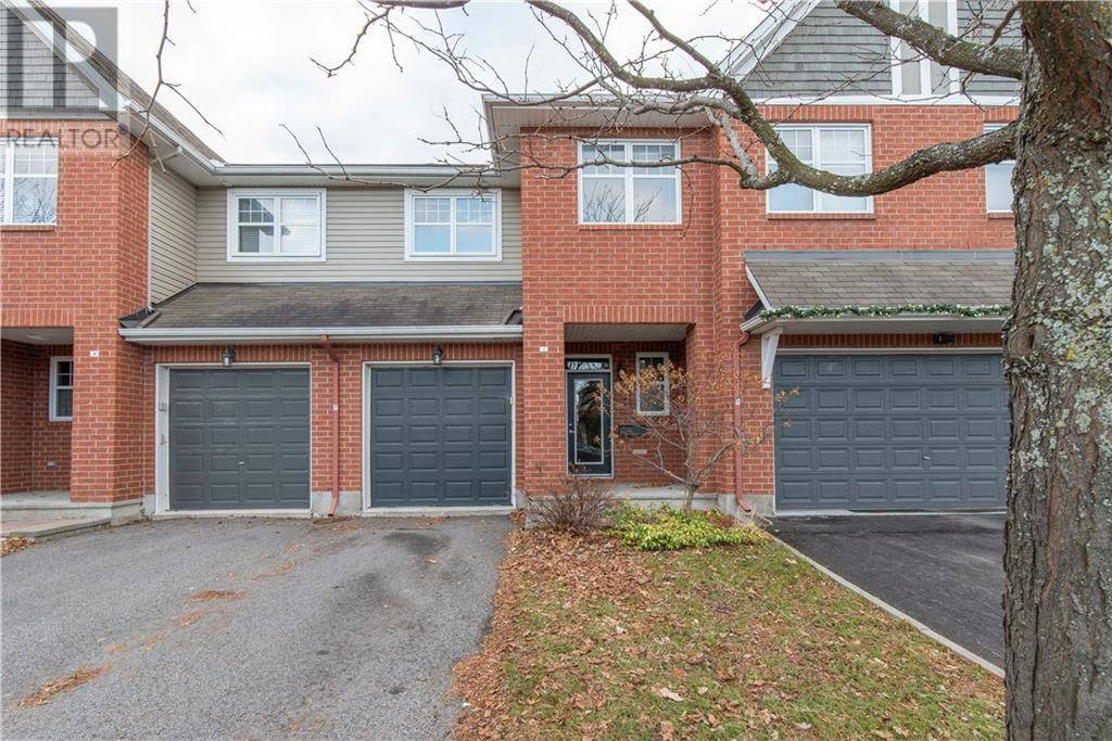 Townhouse for rent at 124 Waterbridge Dr Ottawa Ontario - MLS: 1175181