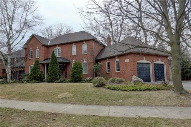 For Sale: 124 Whittington Place, Oakville, ON | 4 Bed, 4 Bath House for $1,999,000. See 20 photos!