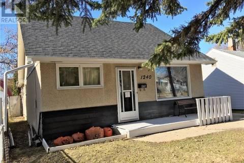 House for sale at 1240 Broder St Regina Saskatchewan - MLS: SK801191
