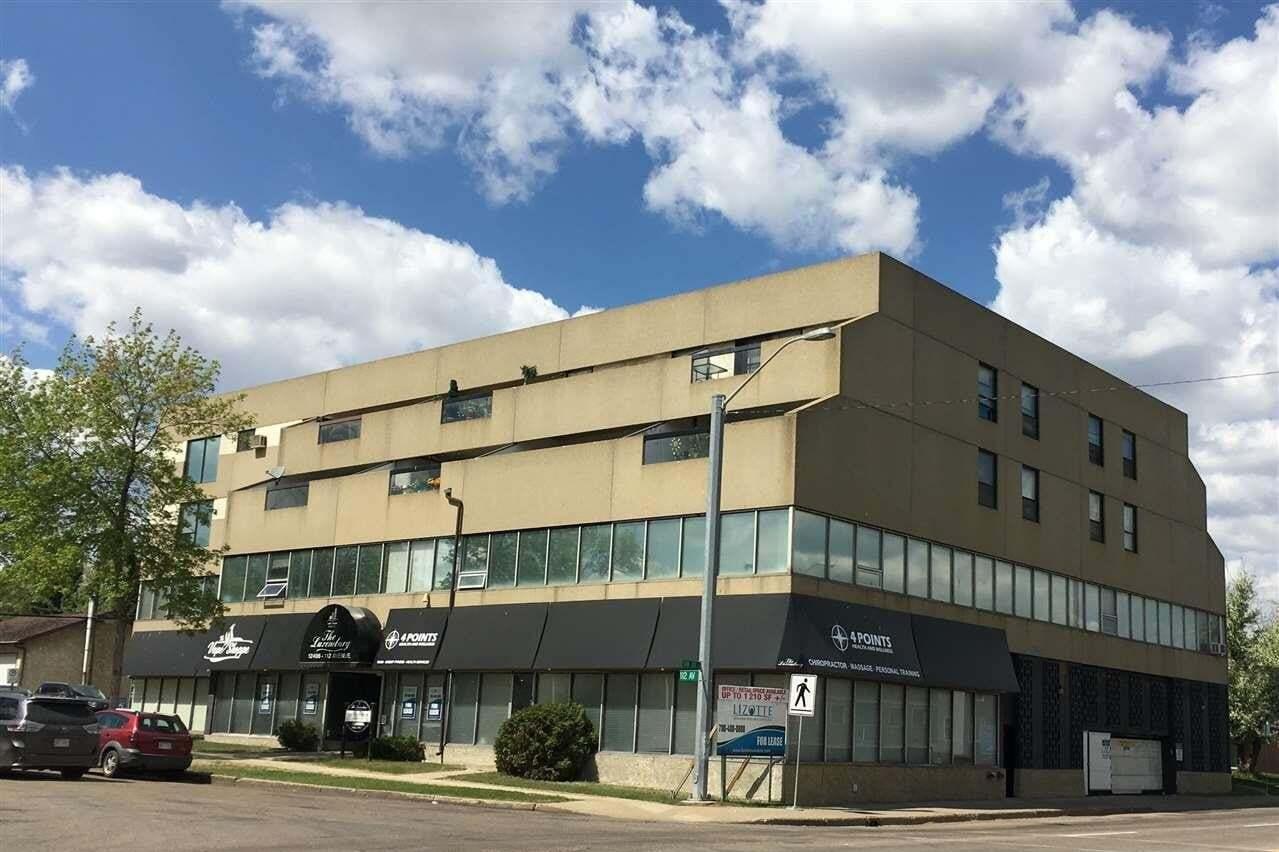 Townhouse for sale at 12406 112 Av NW Edmonton Alberta - MLS: E4199620