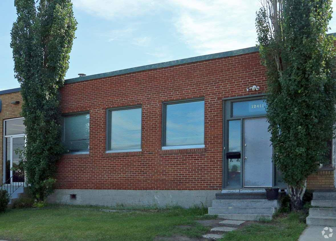 Commercial property for lease at 12411 67 St Nw Edmonton Alberta - MLS: E4171226