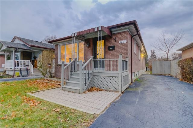 For Sale: 1242 Pharmacy Avenue, Toronto, ON | 3 Bed, 2 Bath House for $688,800. See 20 photos!