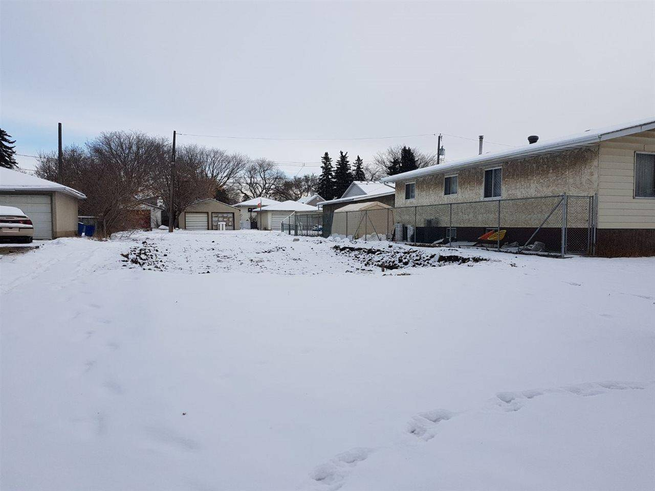 Residential property for sale at 12429 89 St Nw Edmonton Alberta - MLS: E4182235