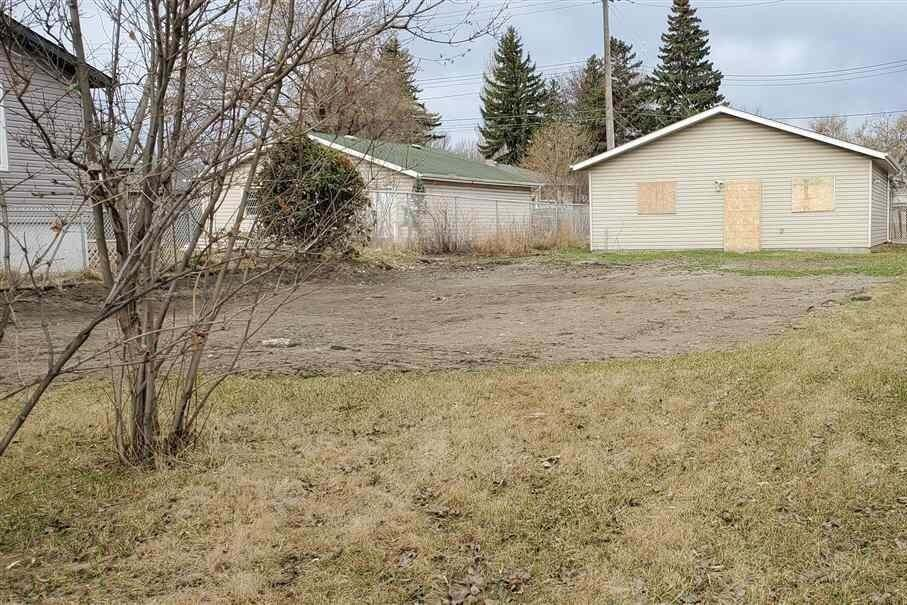Residential property for sale at 12436 90 St NW Edmonton Alberta - MLS: E4195526