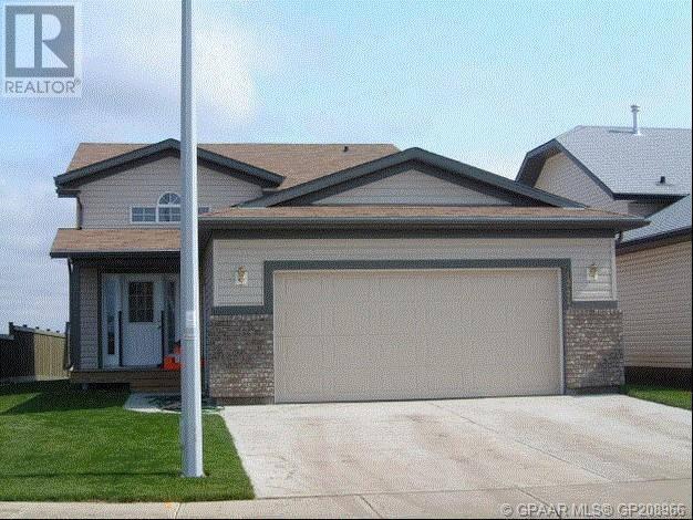 House for sale at 12437 106 St Grande Prairie Alberta - MLS: GP208966