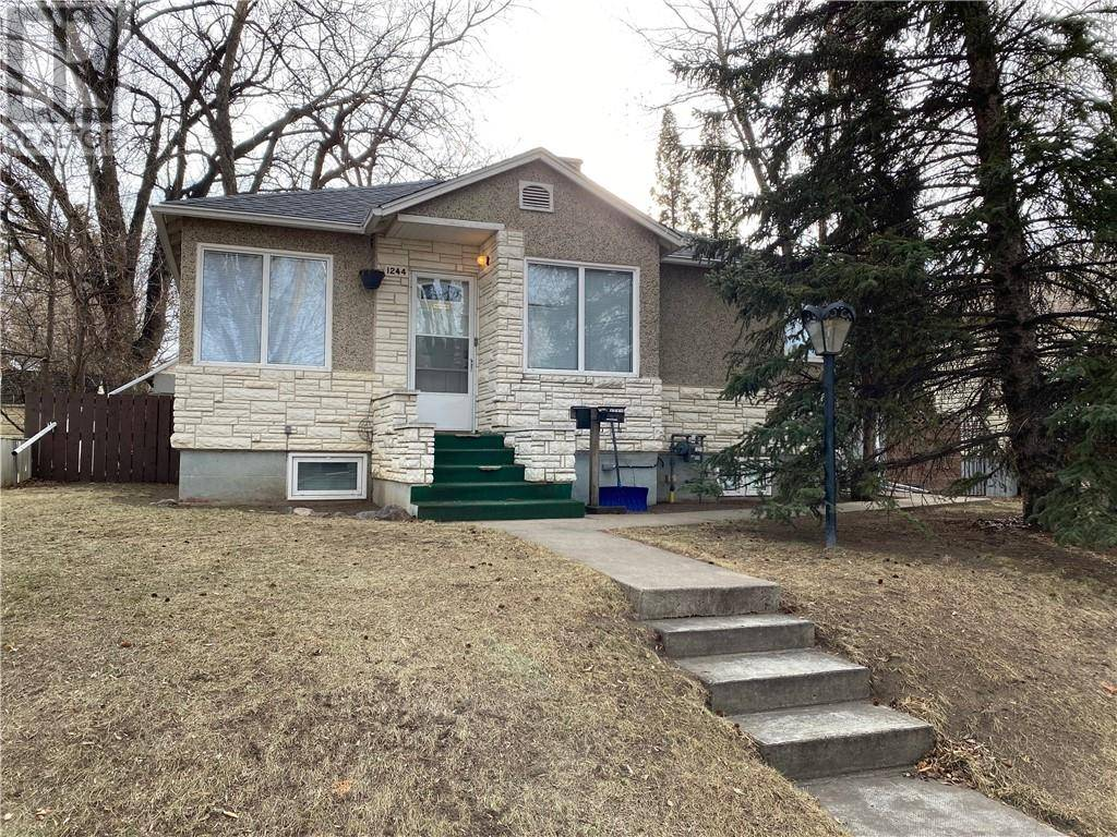 House for sale at 1244 8a Ave S Lethbridge Alberta - MLS: ld0185564