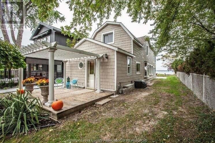 House for sale at 12462 Riverside Dr East Tecumseh Ontario - MLS: 20013841