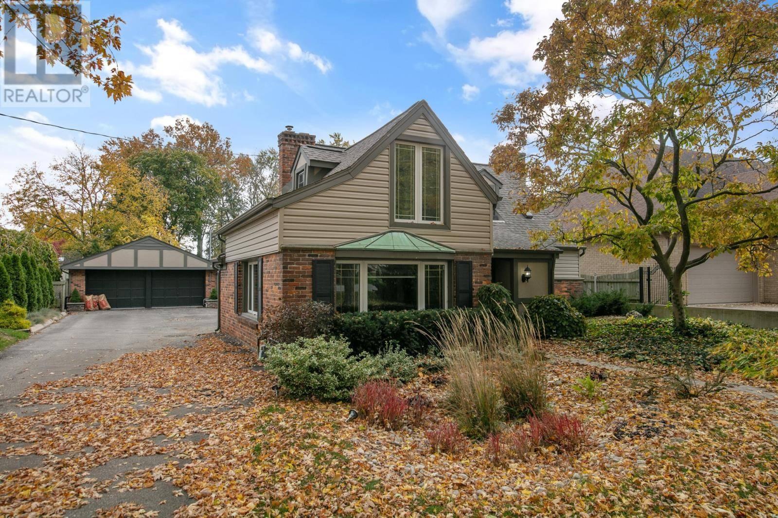 House for sale at 12479 Riverside Dr Tecumseh Ontario - MLS: 19027882