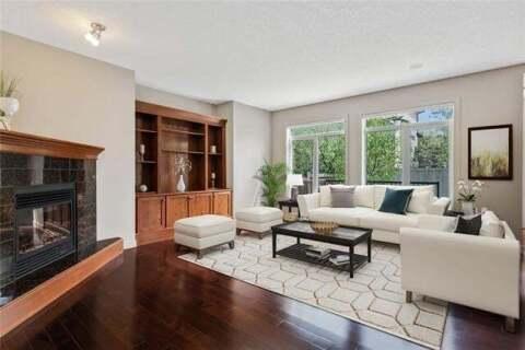 House for sale at 12485 Crestmont Blvd Southwest Calgary Alberta - MLS: C4285011