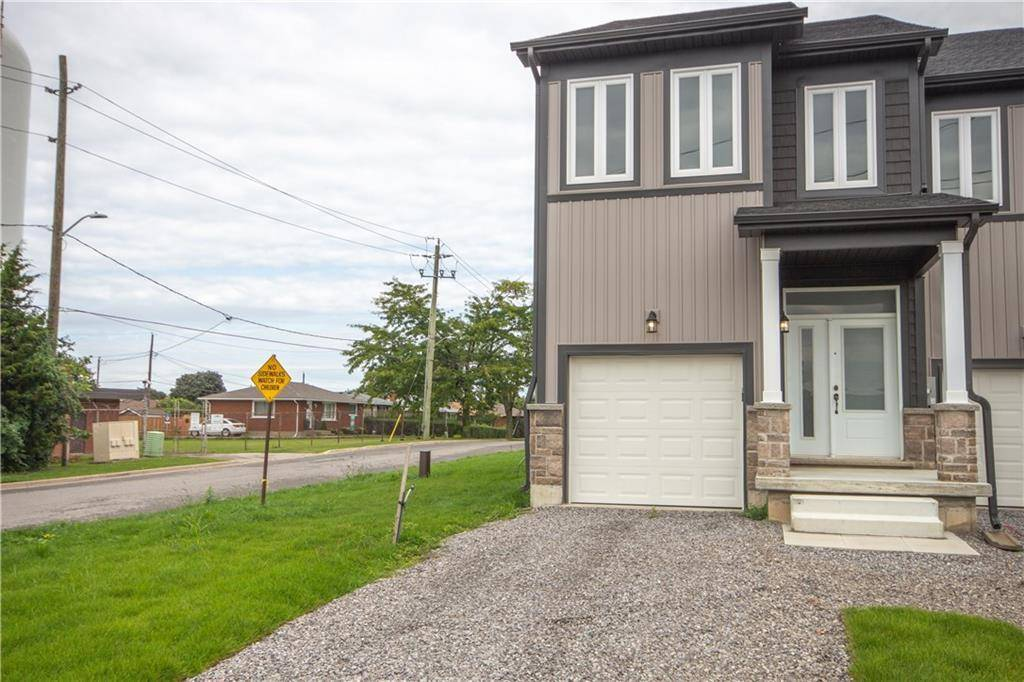 Townhouse for sale at 124 St. David's Rd St. Catharines Ontario - MLS: 30780940