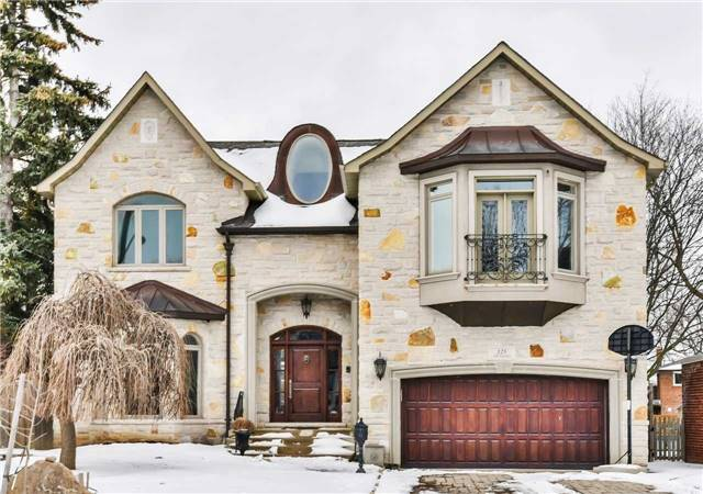 For Sale: 125 Ashbourne Drive, Toronto, ON | 4 Bed, 4 Bath House for $1,799,900. See 20 photos!
