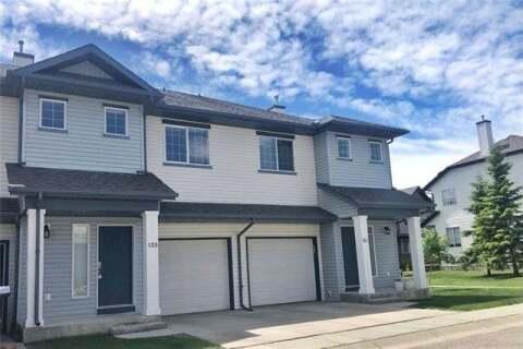 Townhouse for sale at 125 Everridge Garden(s) Southwest Calgary Alberta - MLS: C4302217