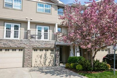 Townhouse for sale at 125 Inglewood Gr Southeast Calgary Alberta - MLS: C4283531