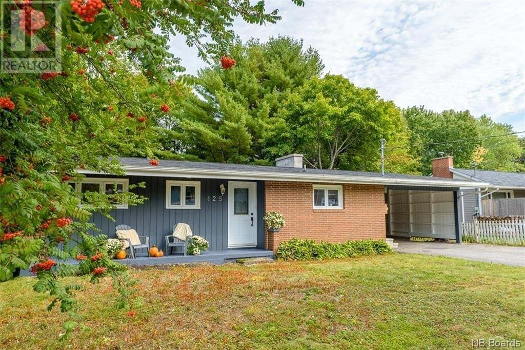 House for sale at 125 Kings College Rd Fredericton New Brunswick - MLS: NB049900