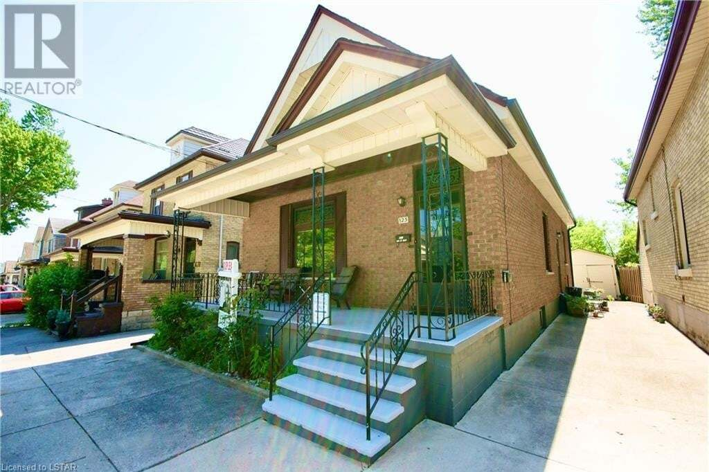 Townhouse for sale at 125 Mamelon St London Ontario - MLS: 263572