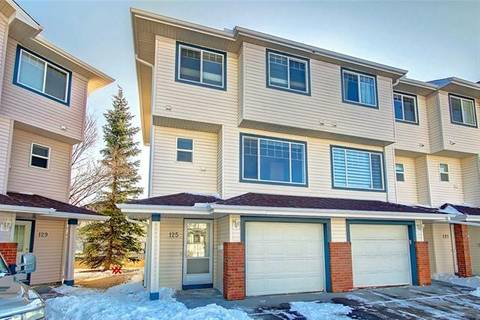 Townhouse for sale at 125 Rocky Ridge Ct Northwest Calgary Alberta - MLS: C4291575