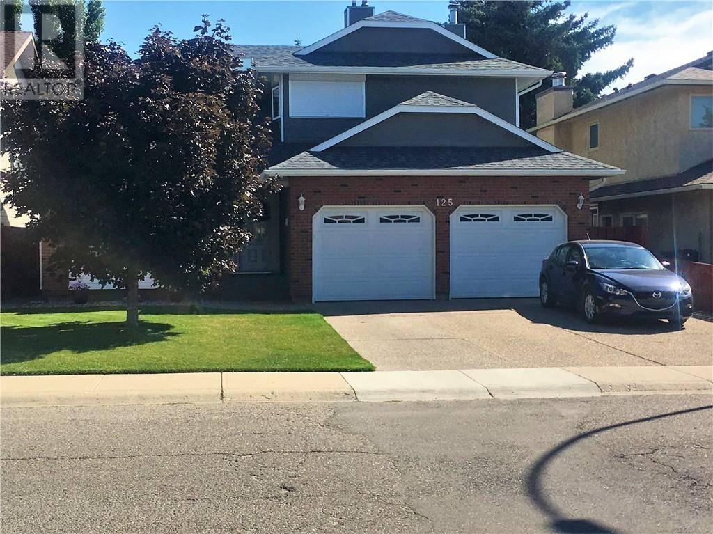 House for sale at 125 Sherwood Blvd W Lethbridge Alberta - MLS: ld0188382