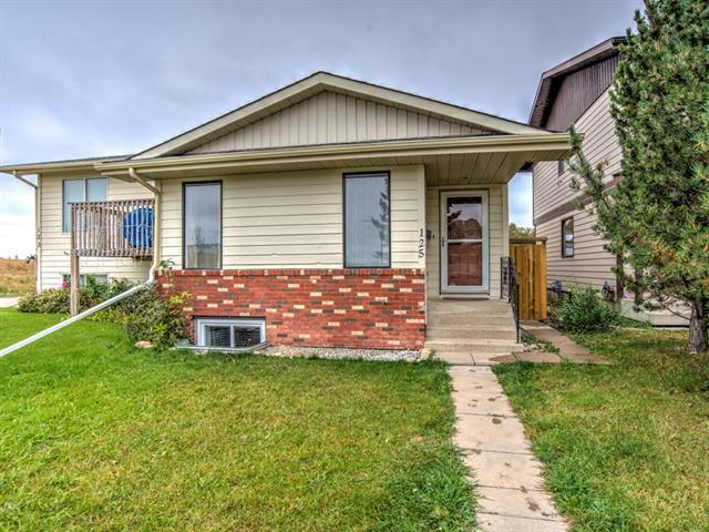 Sold: 125 Woodglen Way Southwest, Calgary, AB