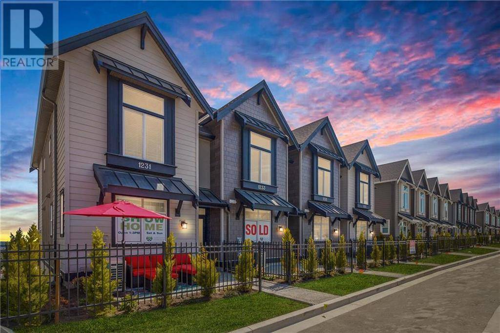 Townhouse for sale at 1251 Flint Ave Victoria British Columbia - MLS: 420844